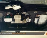 Второй слой шумо-теплоизоляция на крышке багажника